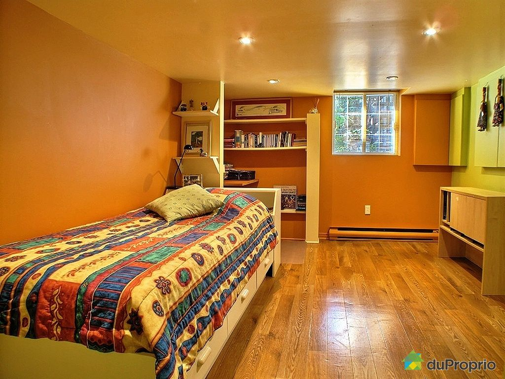Triplex vendu montr al immobilier qu bec duproprio 333589 for Chambre bain tourbillon montreal