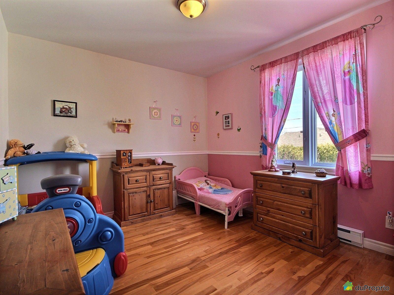 jumel vendu trois rivi res immobilier qu bec duproprio 695136. Black Bedroom Furniture Sets. Home Design Ideas