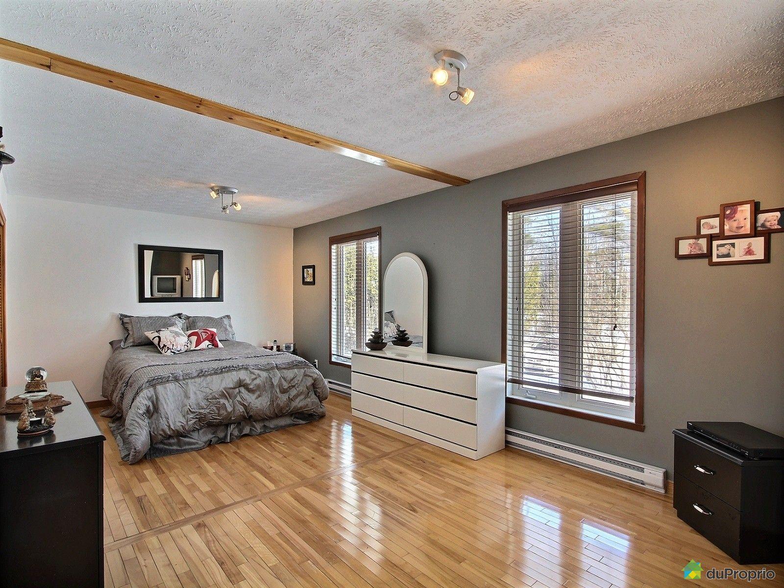 Maison vendre rock forest 5822 rue joyal immobilier for Chambre 8x10