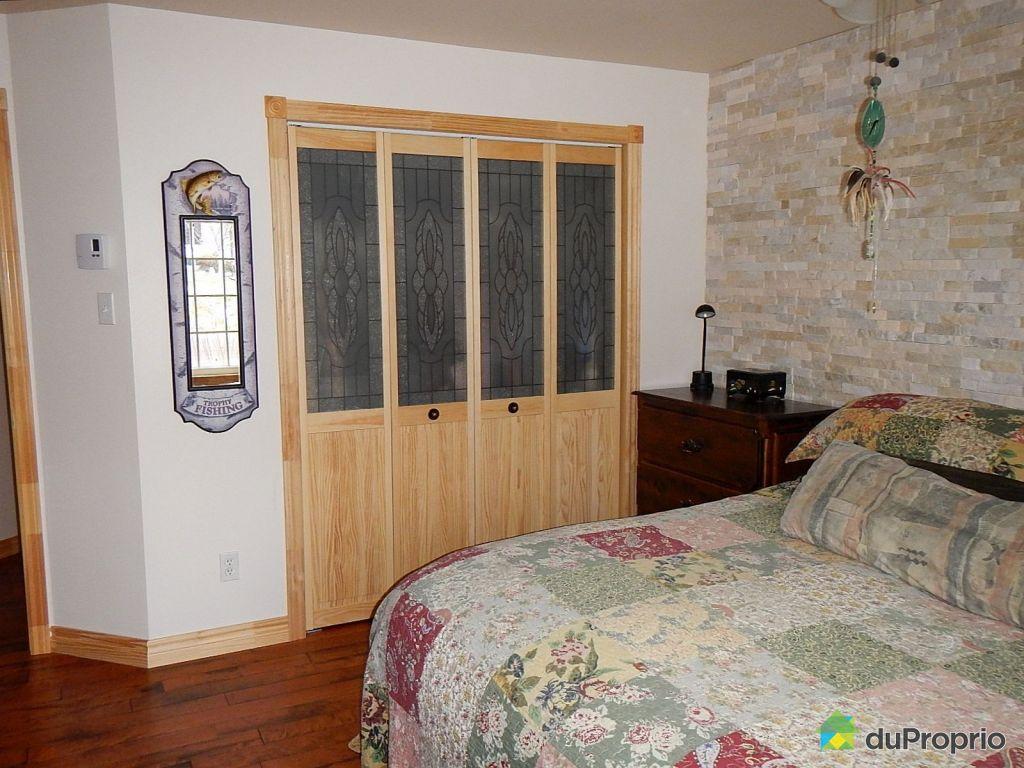 Maison vendre la corne 44 rue savard immobilier for Chambre sans fenetre loi quebec