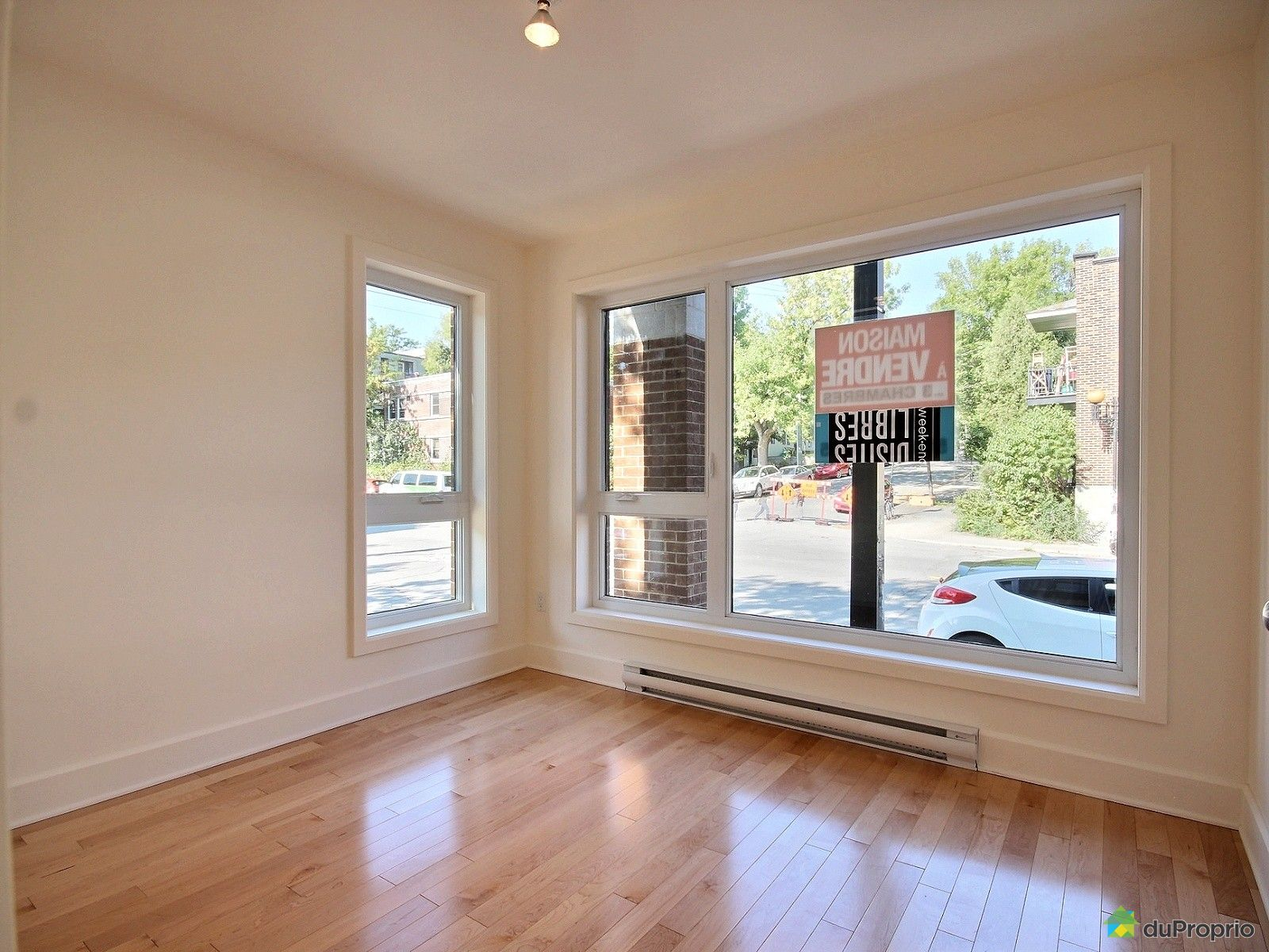 Maison neuve vendre montr al 3921 rue pierre de for Prix maison maisonneuve