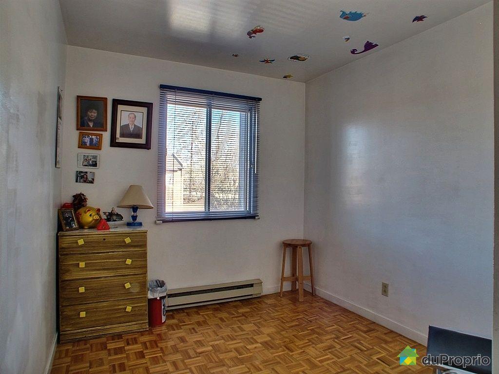 Maison vendre montr al 3089 terrasse thomas valin for Chambre en ville vidal