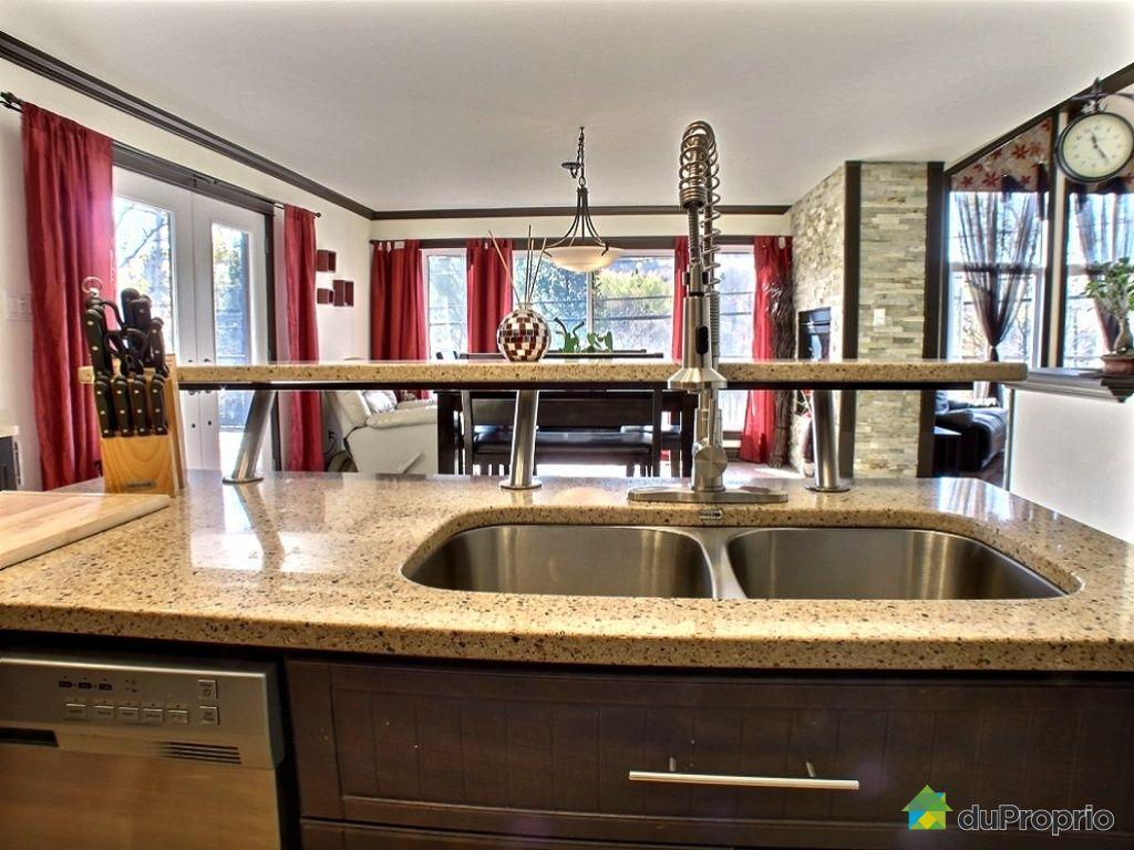 bungalow sur lev vendre la p che 129 route principale ouest immobilier qu bec duproprio. Black Bedroom Furniture Sets. Home Design Ideas
