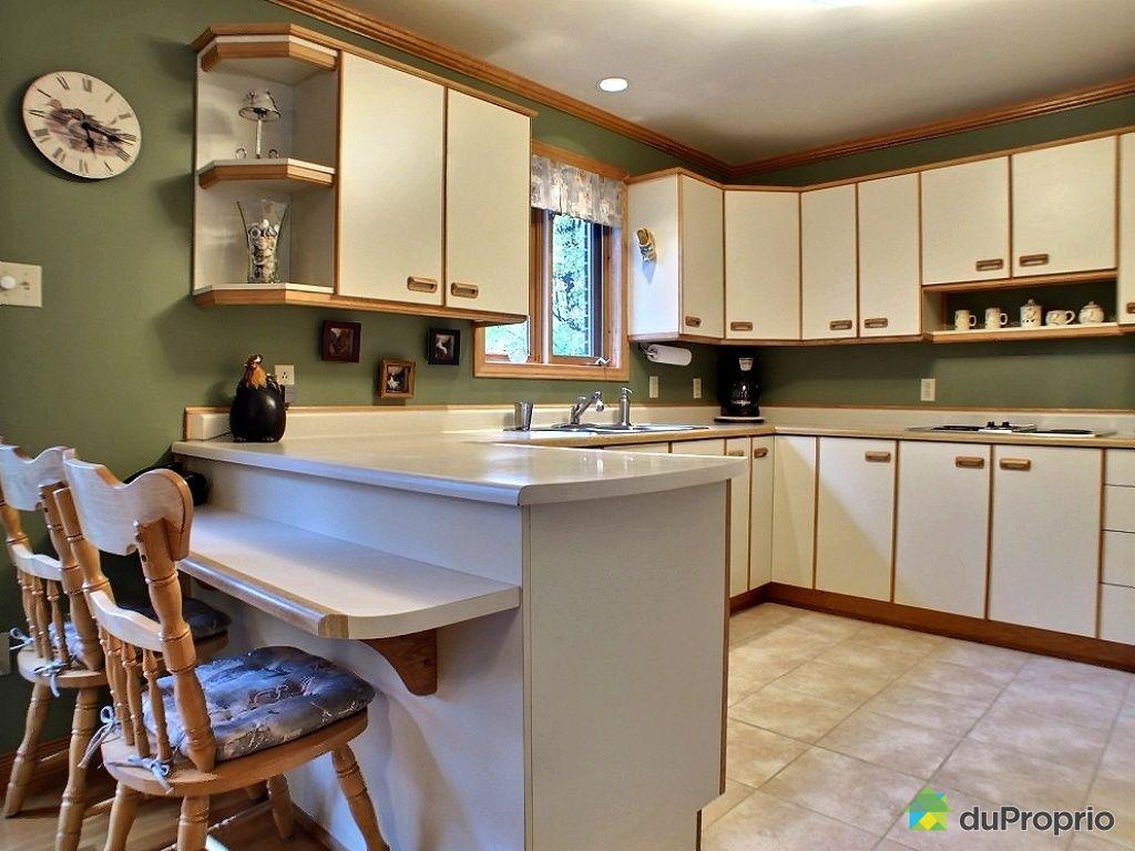 maison vendu les c dres immobilier qu bec duproprio 370670. Black Bedroom Furniture Sets. Home Design Ideas