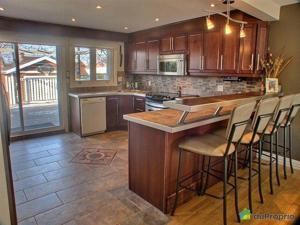 maison vendu st hubert immobilier qu bec duproprio 300604. Black Bedroom Furniture Sets. Home Design Ideas