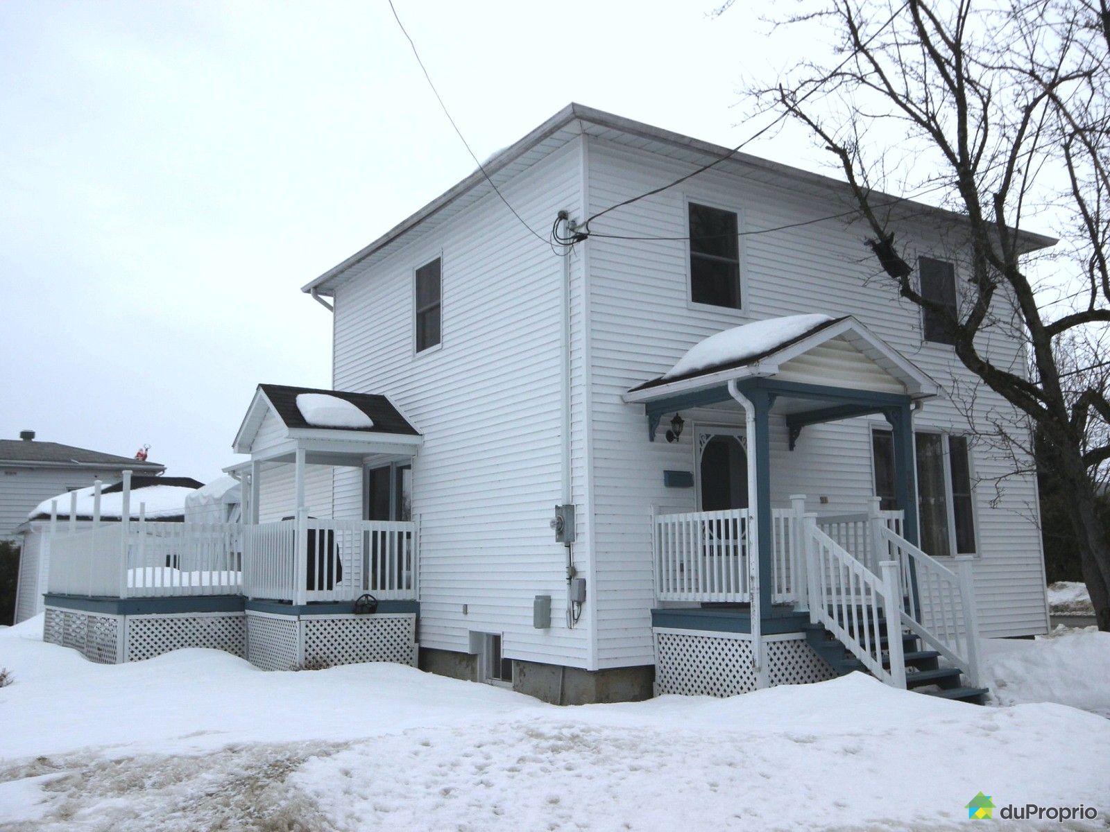 maison vendre east angus 285 rue york immobilier qu bec duproprio 596281. Black Bedroom Furniture Sets. Home Design Ideas