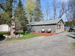 Cottage in Verona, Kingston / Pr Edward Co / Belleville / Brockville