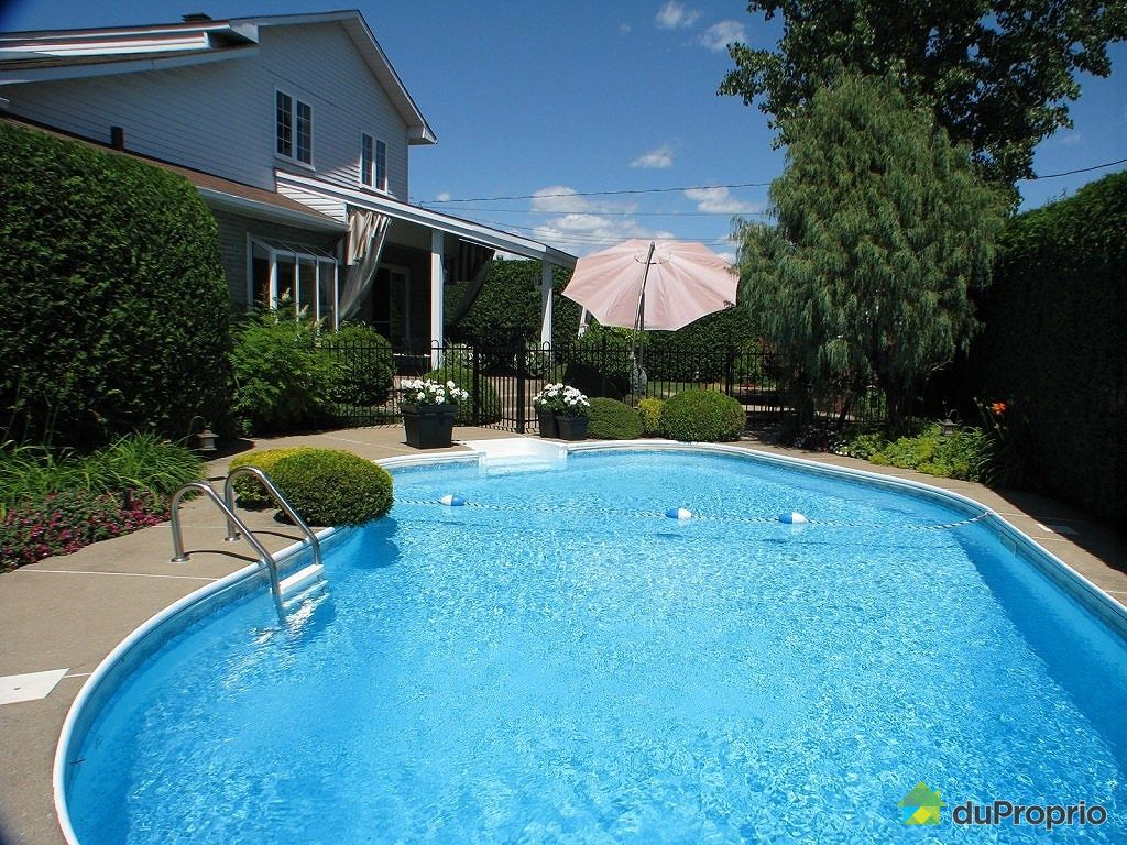 Split level vendu vimont immobilier quebec duproprio for Balayeuse piscine creusee