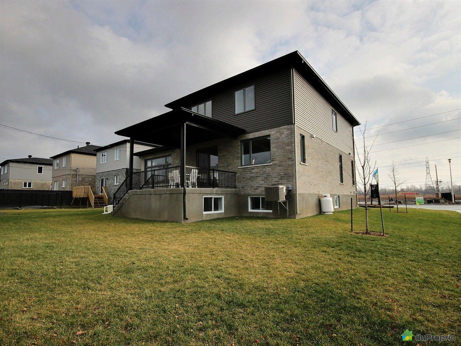 maison neuve vendre la prairie 250 boulevard de la fourche immobilier qu bec duproprio. Black Bedroom Furniture Sets. Home Design Ideas