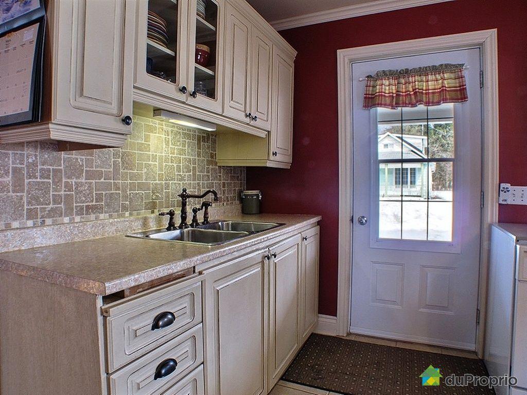 bi g n ration vendu buckingham immobilier qu bec. Black Bedroom Furniture Sets. Home Design Ideas