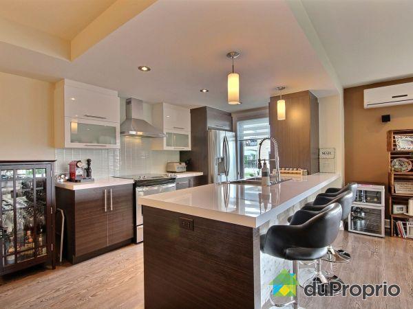 ilot de cuisine en bois a vendre. Black Bedroom Furniture Sets. Home Design Ideas