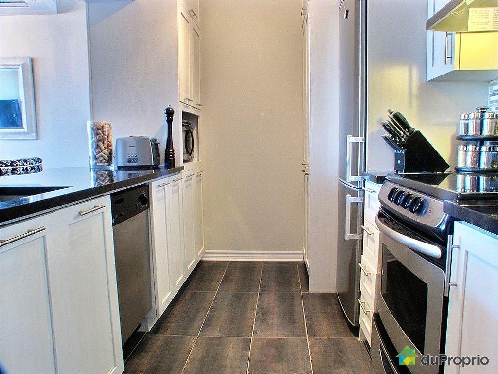 condo vendu montr al immobilier qu bec duproprio 320497. Black Bedroom Furniture Sets. Home Design Ideas