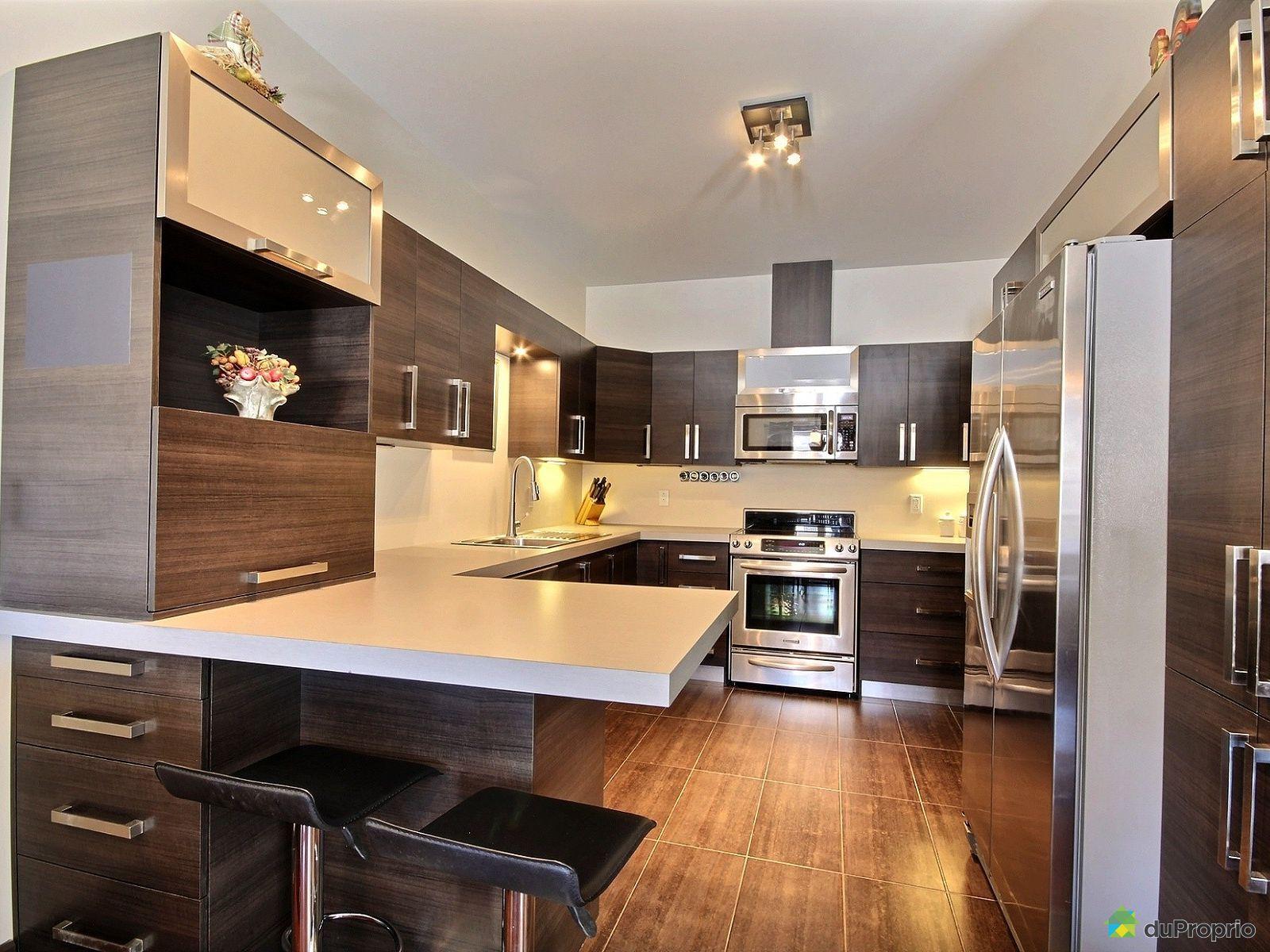 1c 265 rue desli res st bruno de montarville vendre duproprio. Black Bedroom Furniture Sets. Home Design Ideas