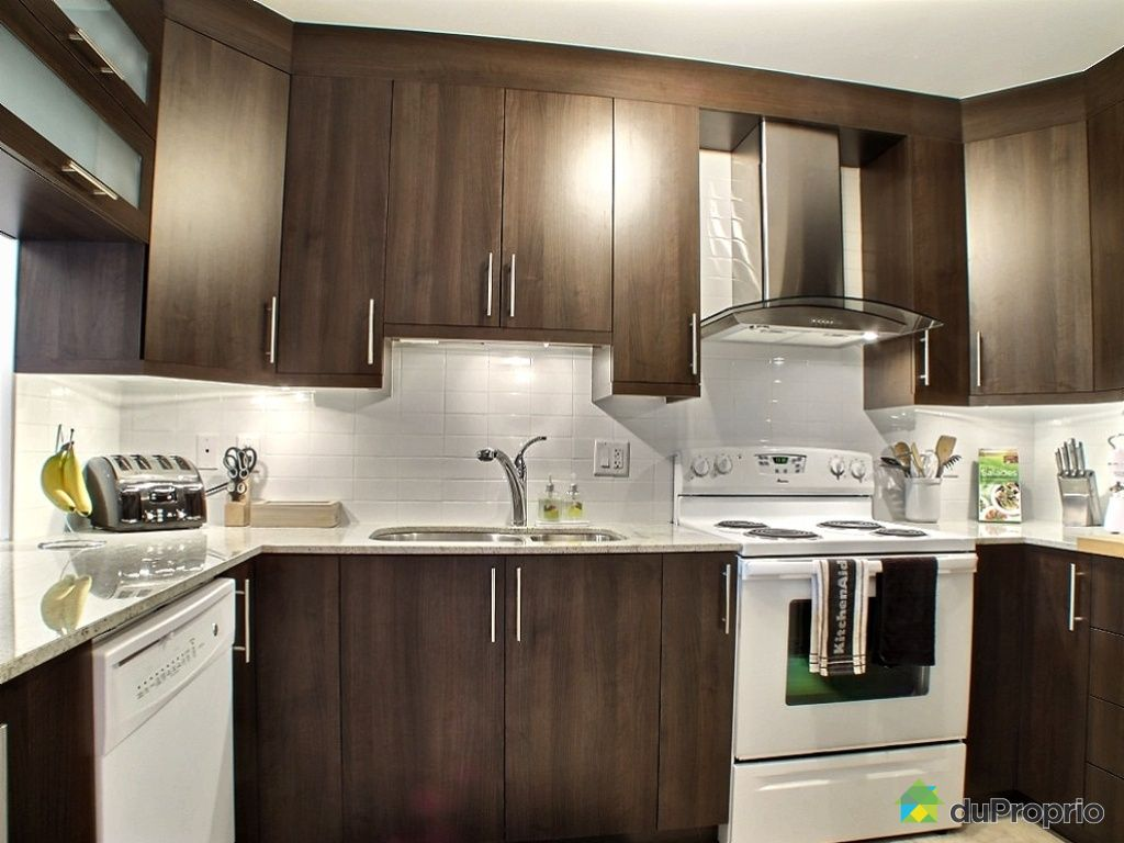Condo vendu ste therese immobilier quebec duproprio for Kitchen cabinets lowes with papier pour carte grise