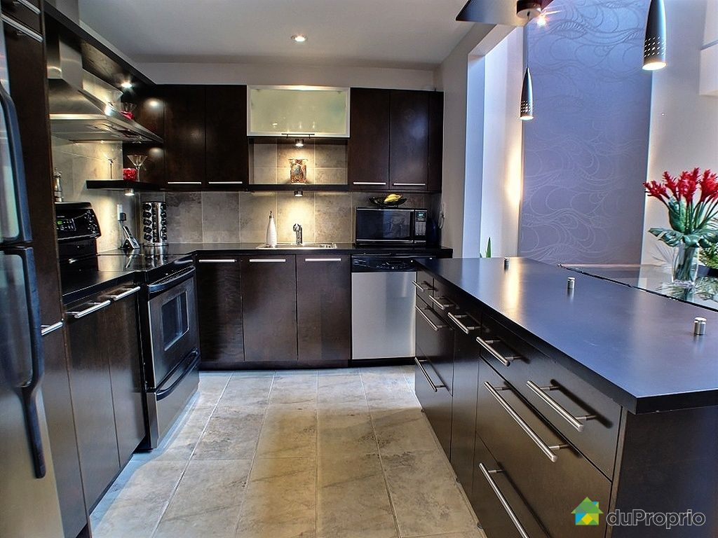 106 23 rue de la poudri re verdun vendre duproprio. Black Bedroom Furniture Sets. Home Design Ideas