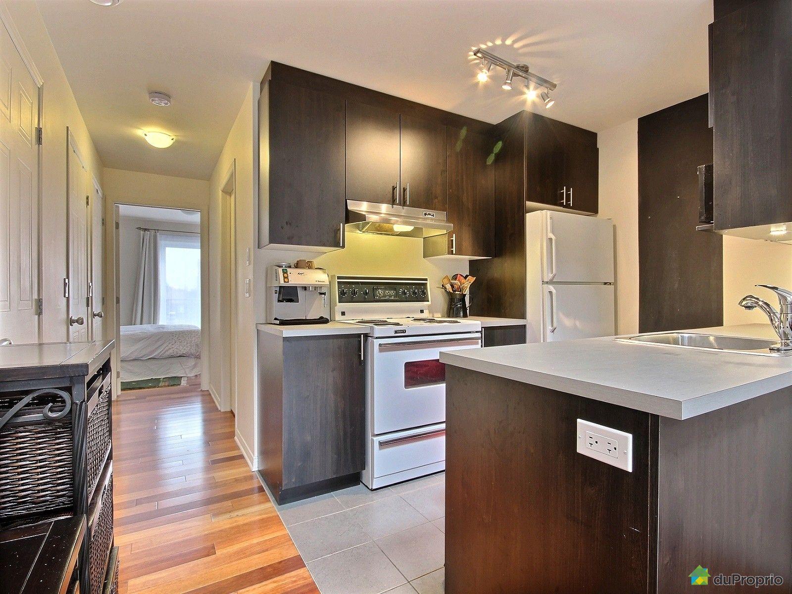 condo vendu montr al immobilier qu bec duproprio 562391. Black Bedroom Furniture Sets. Home Design Ideas