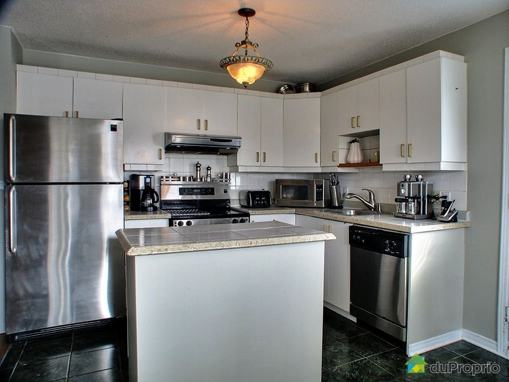 Duplex vendu gatineau 215 217 rue berthel immobilier for Cuisine gatineau