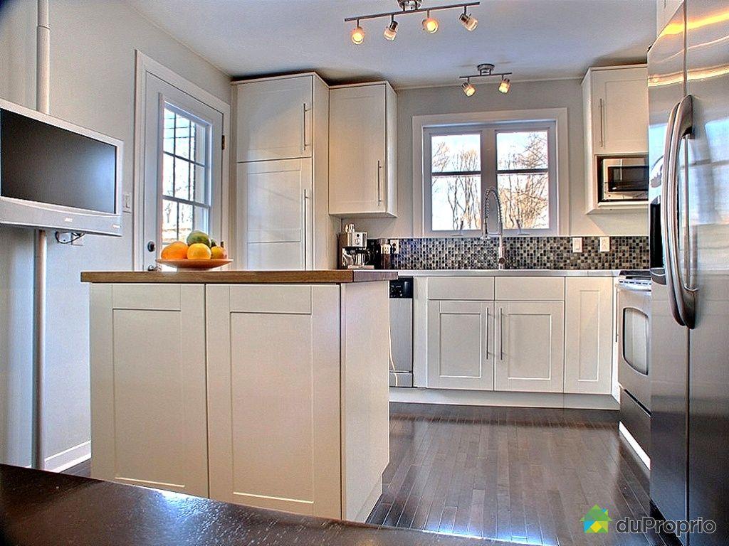 duplex vendu montr al immobilier qu bec duproprio 229742. Black Bedroom Furniture Sets. Home Design Ideas