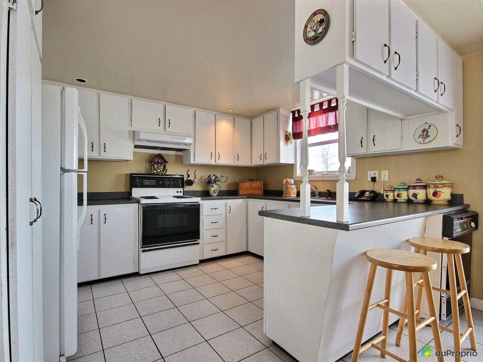 Fermette vendu st basile de portneuf immobilier qu bec duproprio 491754 - Cuisine style fermette ...