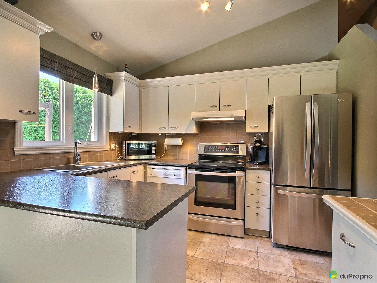 Maison vendu montr al immobilier qu bec duproprio 537873 for Ares cuisine pointe claire