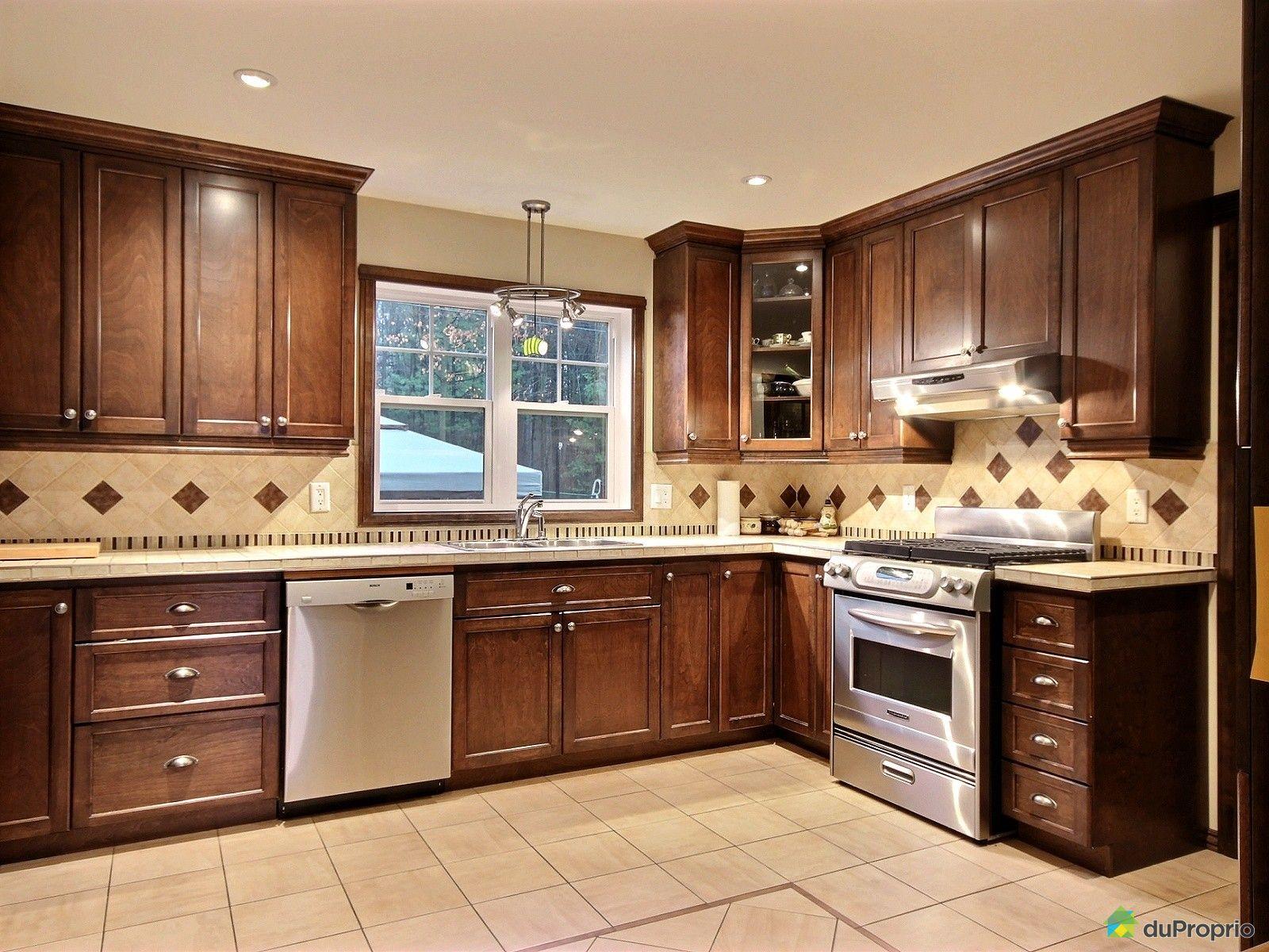 maison vendre drummondville 1030 rue morse immobilier qu bec duproprio 564094. Black Bedroom Furniture Sets. Home Design Ideas