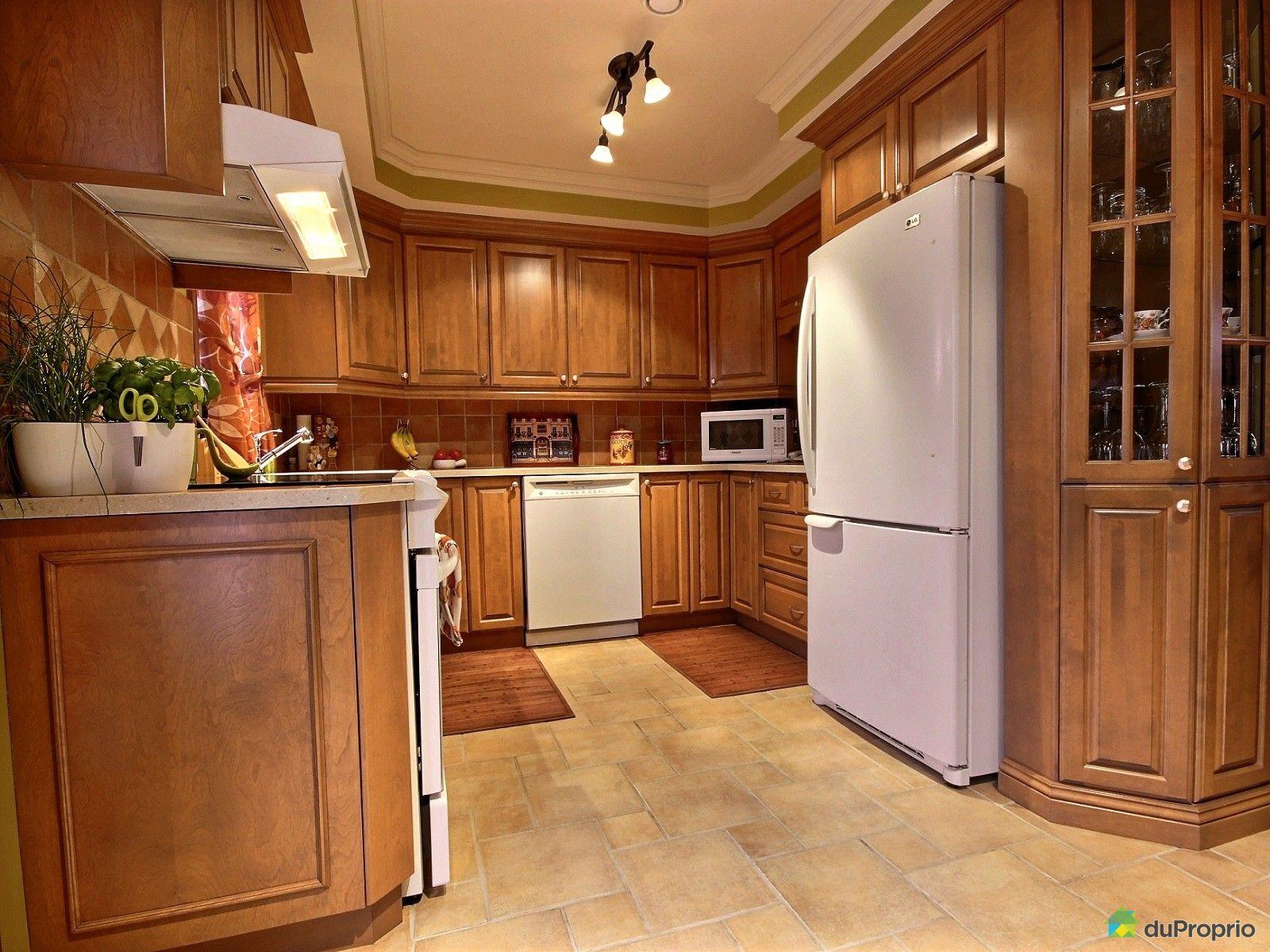 Maison vendre drummondville 2335 rue des perdrix for Armoire de cuisine drummondville