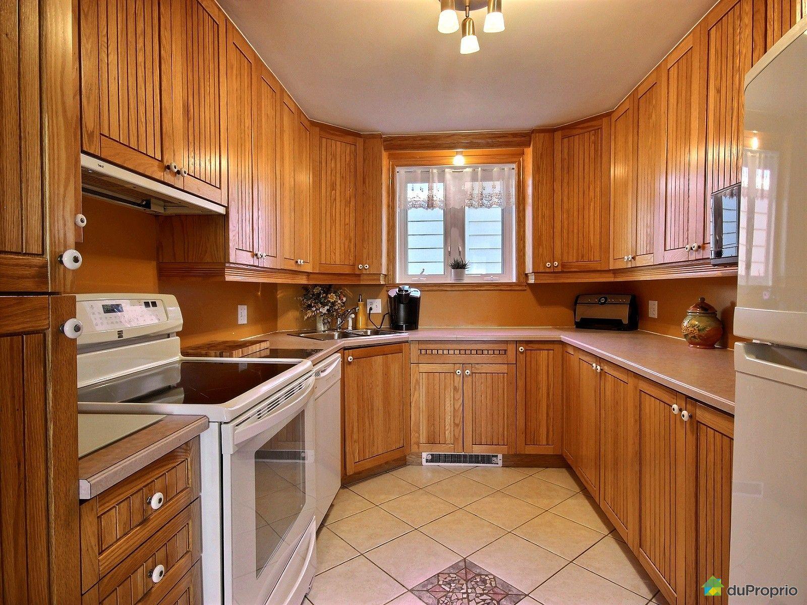 Maison vendre drummondville 237 rue dorion immobilier for Armoire de cuisine drummondville
