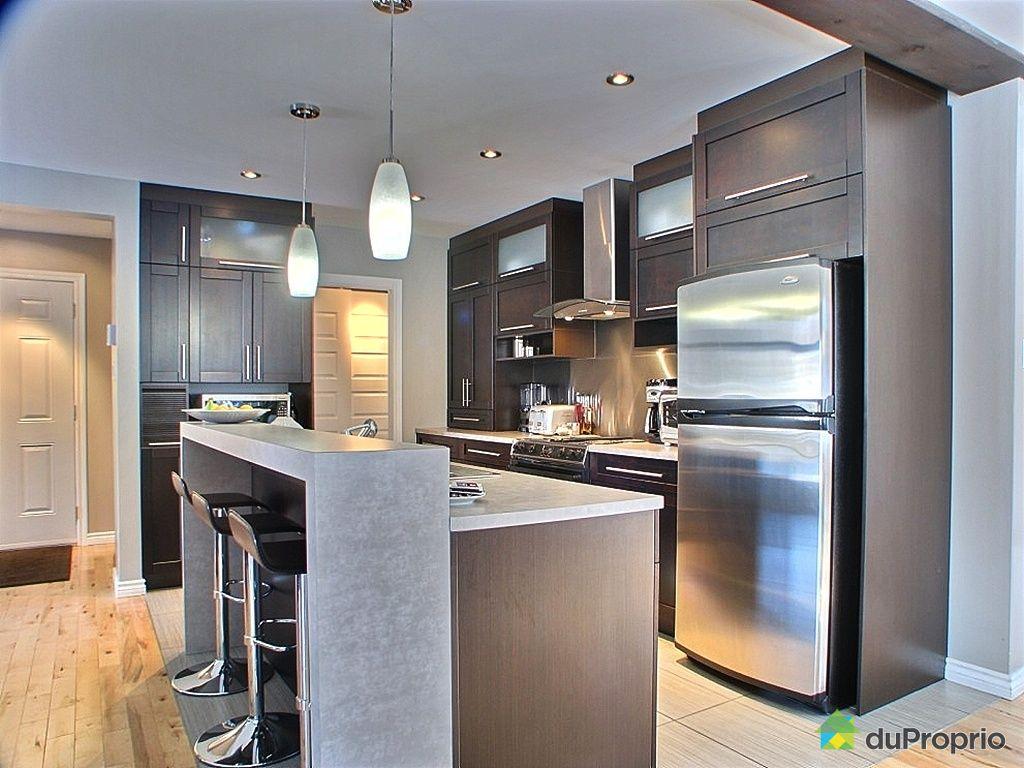 Maison vendu granby immobilier qu bec duproprio 227163 for Armoire cuisine granby