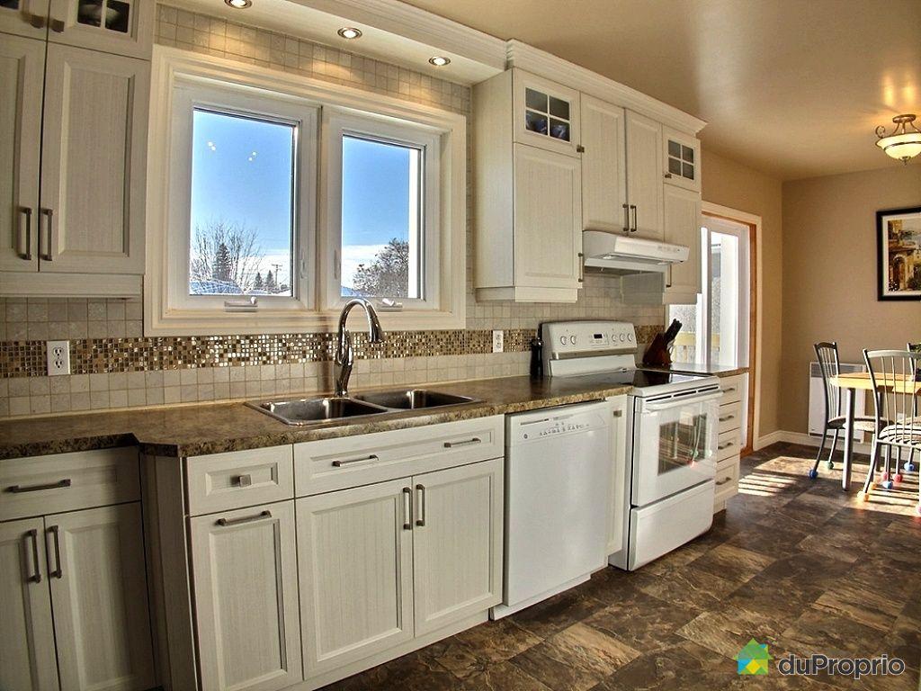maison vendu maniwaki immobilier qu bec duproprio 383894. Black Bedroom Furniture Sets. Home Design Ideas