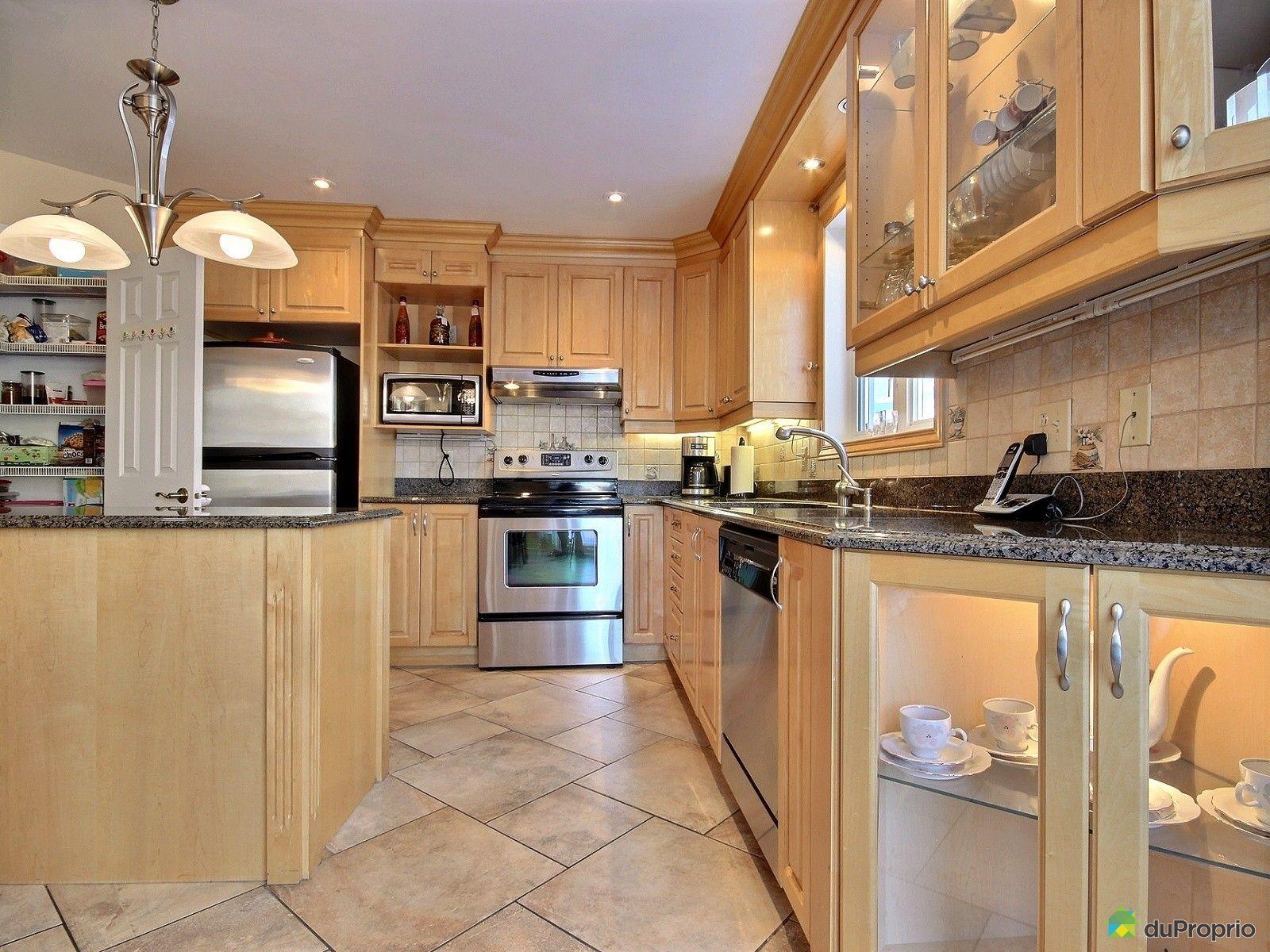 Maison vendre montr al 285 avenue maclean immobilier for Ares cuisine pointe claire