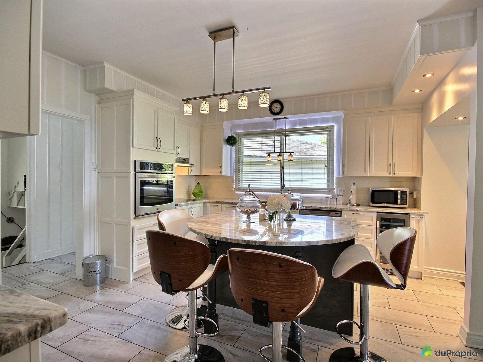 Maison vendre montr al 199 chemin du bord du lac for Ares cuisine pointe claire