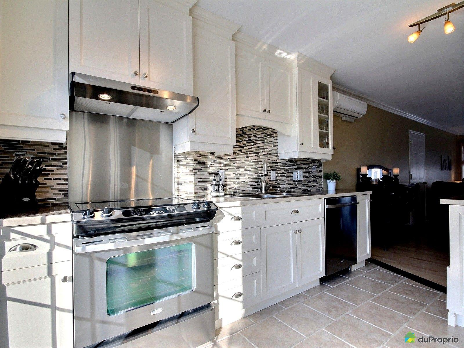 maison vendu richelieu immobilier qu bec duproprio 467367. Black Bedroom Furniture Sets. Home Design Ideas