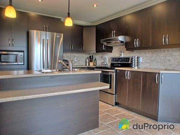 maison vendu richelieu immobilier qu bec duproprio 221058. Black Bedroom Furniture Sets. Home Design Ideas