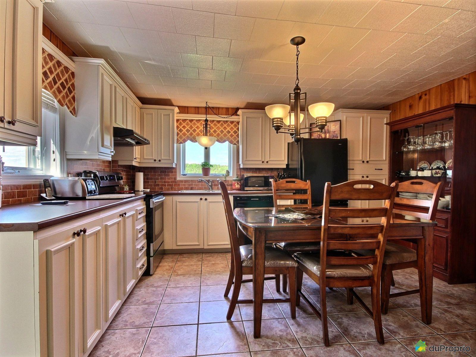 Maison vendre rimouski 275 route de la montagne for Auberge de la vieille maison rimouski