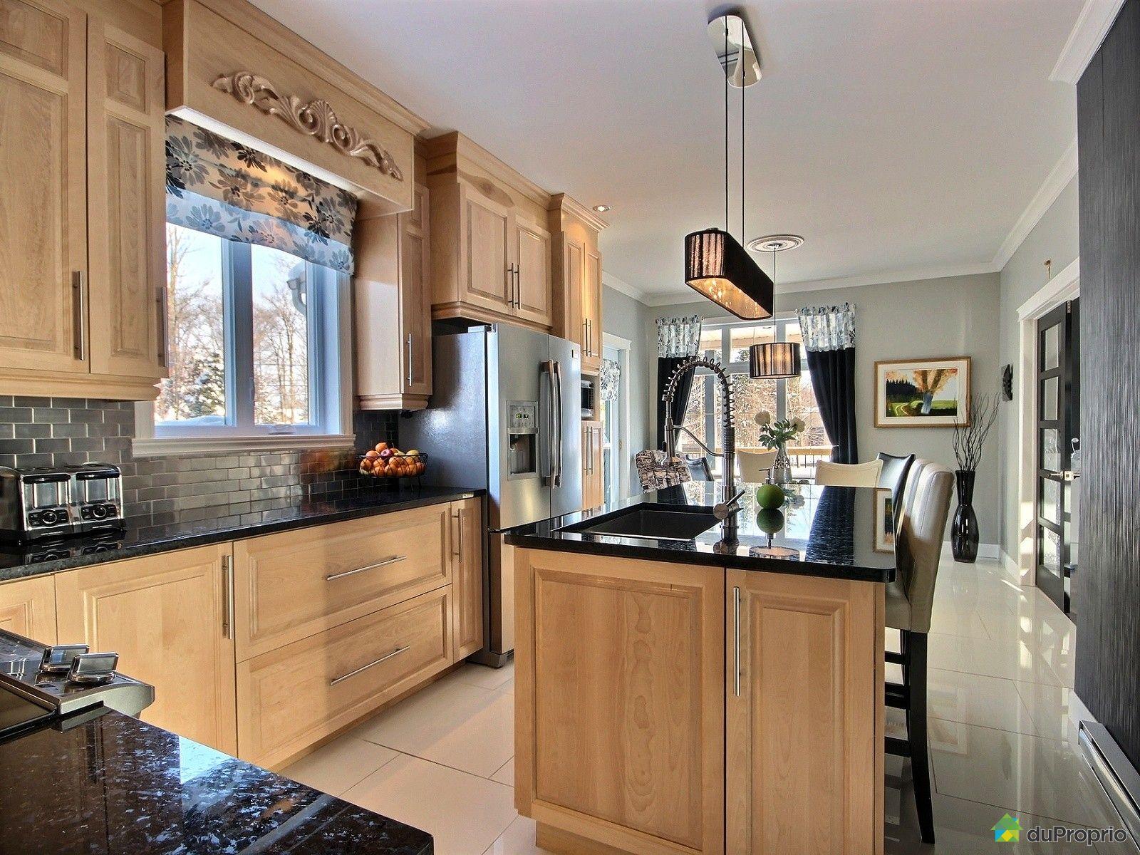 maison vendre shannon 34 rue des cerisiers immobilier qu bec duproprio 574089. Black Bedroom Furniture Sets. Home Design Ideas