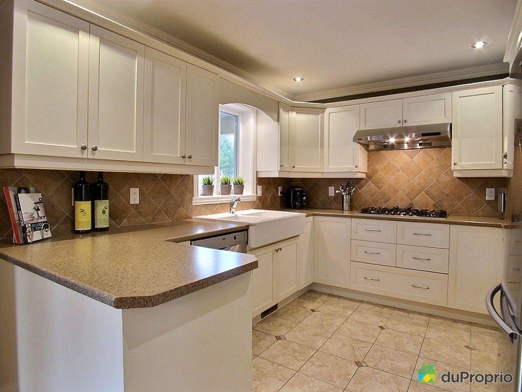 Maison vendu st basile le grand immobilier qu bec for Cuisine style flamand