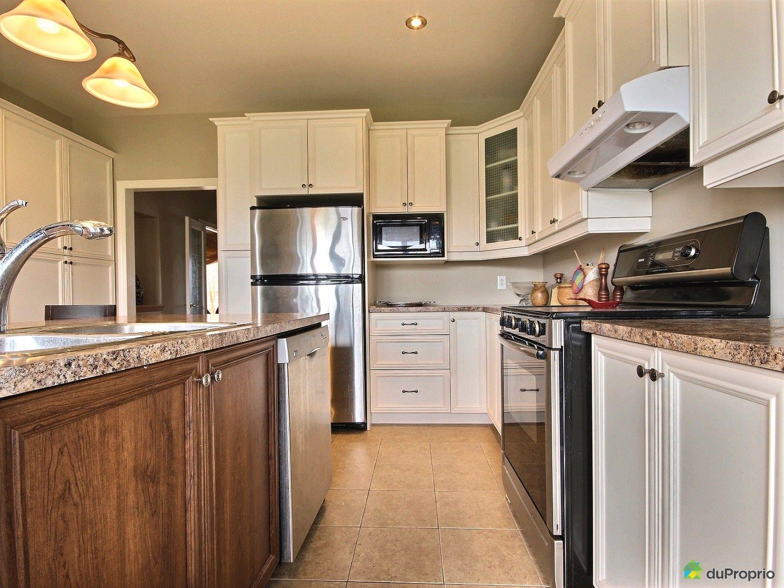 Maison vendre st bruno de montarville 3200 boulevard de for Ares cuisine st bruno