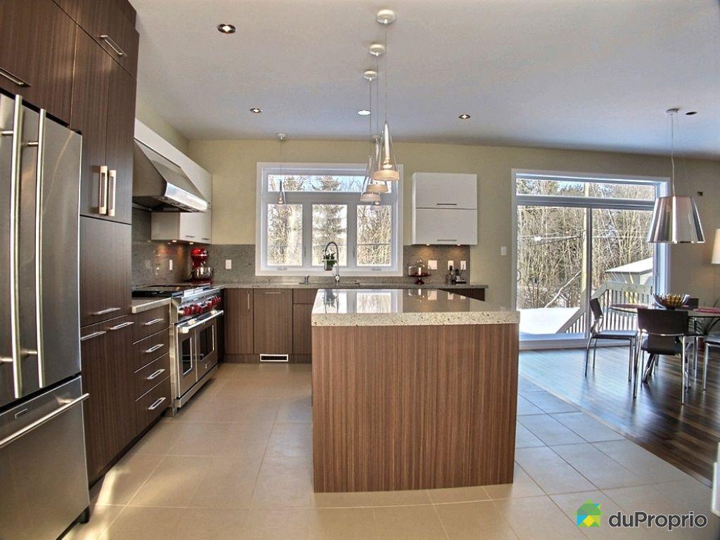 Maison vendre st bruno de montarville 2870 rue des for Ares cuisine st bruno