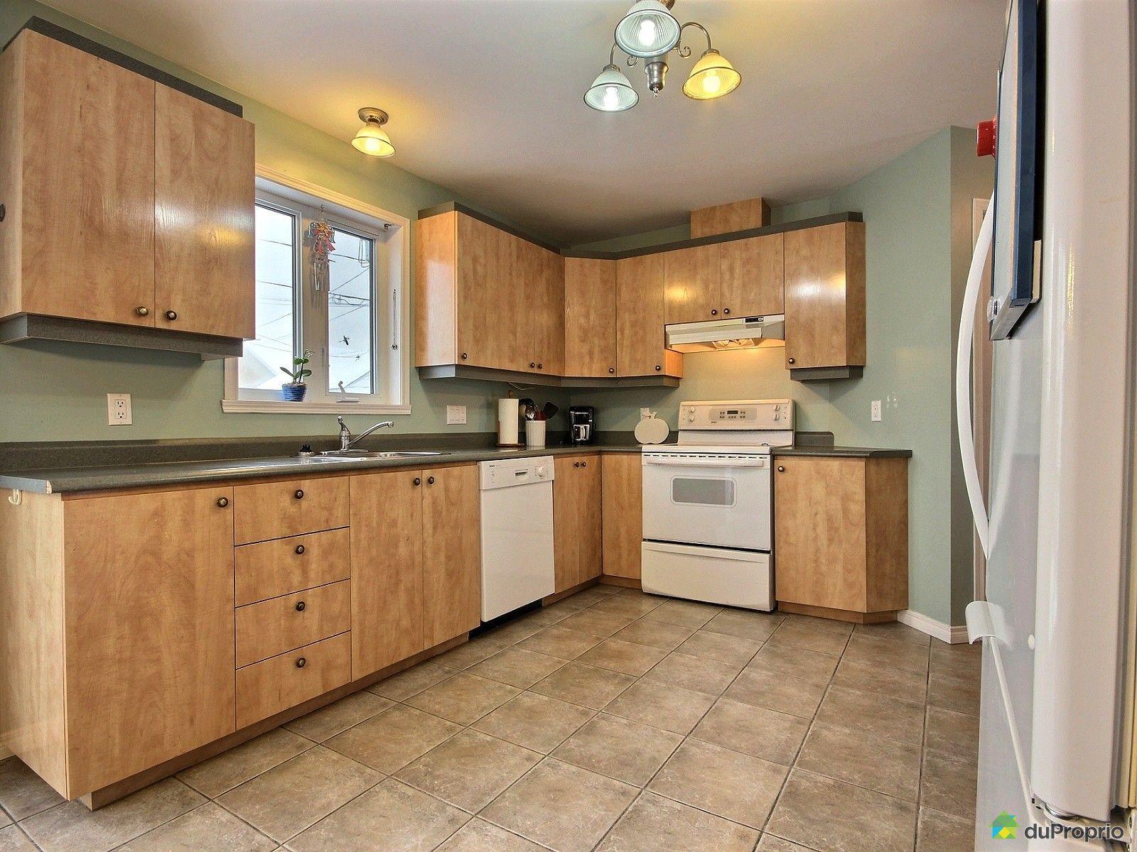 maison vendu st tienne de lauzon immobilier qu bec duproprio 671823. Black Bedroom Furniture Sets. Home Design Ideas