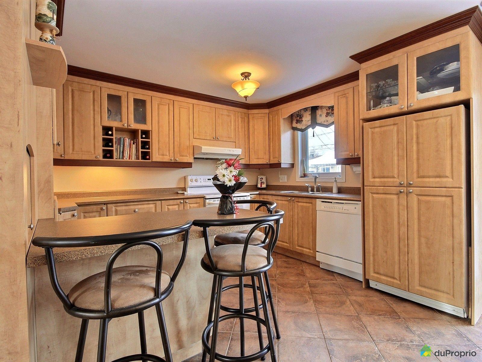 maison vendu st tienne de lauzon immobilier qu bec duproprio 687004. Black Bedroom Furniture Sets. Home Design Ideas