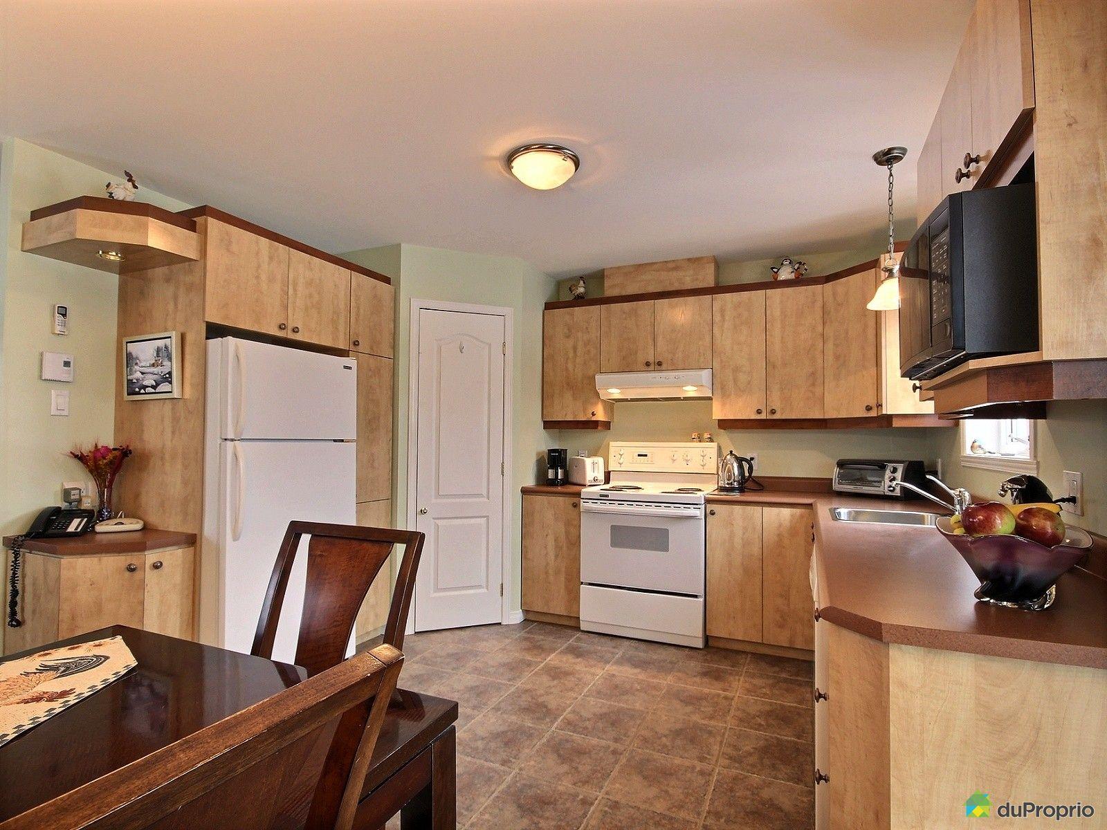 maison vendre st tienne de lauzon 33 rue lalibert immobilier qu bec duproprio 692409. Black Bedroom Furniture Sets. Home Design Ideas
