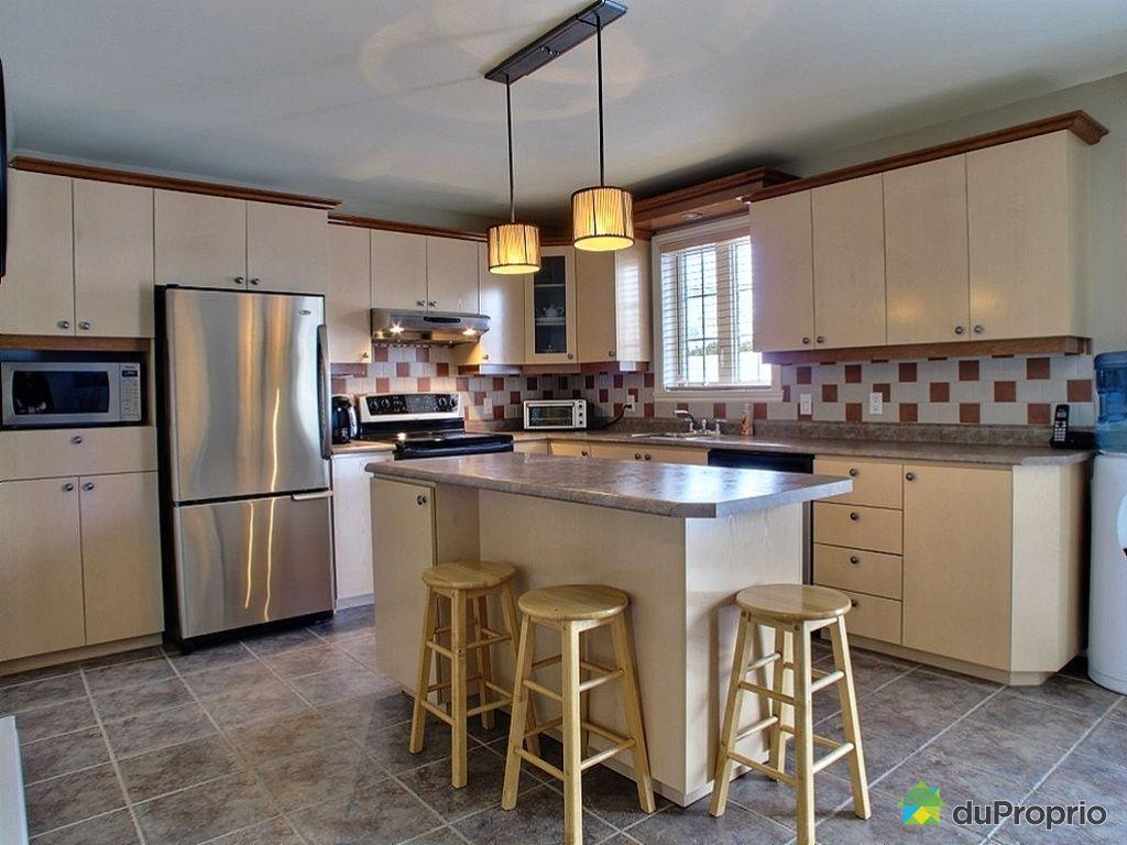 maison vendu st tienne de lauzon immobilier qu bec duproprio 409392. Black Bedroom Furniture Sets. Home Design Ideas