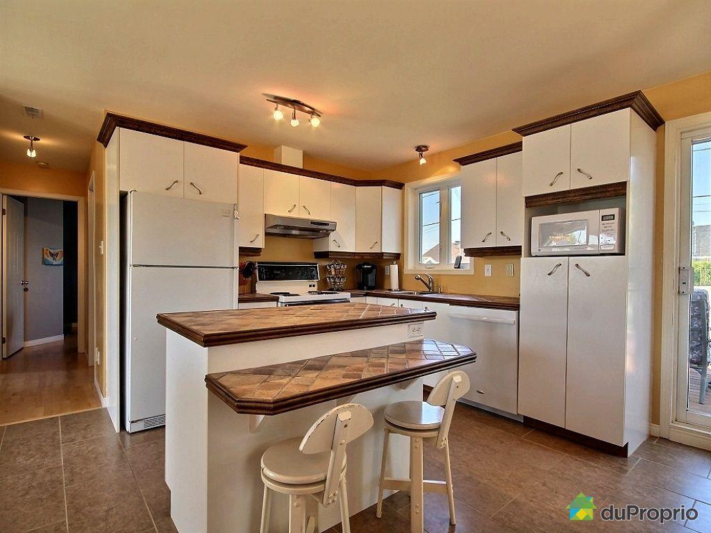 maison vendu st jean chrysostome immobilier qu bec duproprio 462510. Black Bedroom Furniture Sets. Home Design Ideas