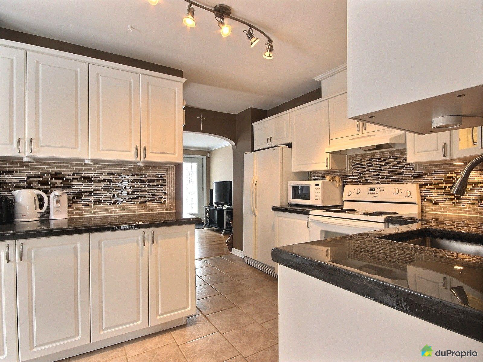 maison vendu st jean sur richelieu immobilier qu bec duproprio 491748. Black Bedroom Furniture Sets. Home Design Ideas