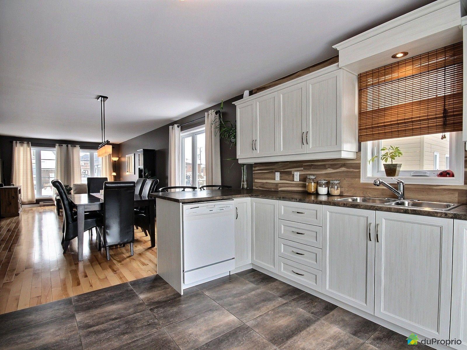 maison vendu st jean sur richelieu immobilier qu bec duproprio 500295. Black Bedroom Furniture Sets. Home Design Ideas