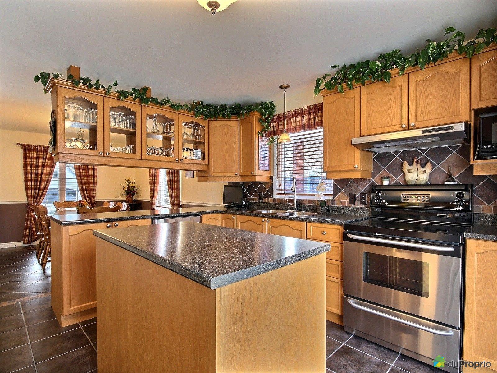 maison vendu st jean sur richelieu immobilier qu bec duproprio 499456. Black Bedroom Furniture Sets. Home Design Ideas