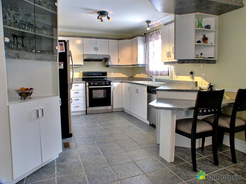 maison vendu st jean sur richelieu immobilier qu bec duproprio 276392. Black Bedroom Furniture Sets. Home Design Ideas