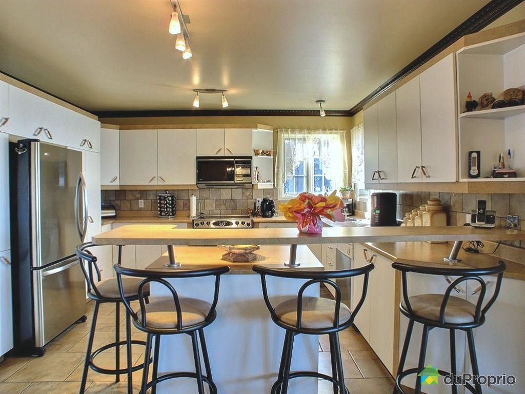 maison vendu st jean sur richelieu immobilier qu bec duproprio 375299. Black Bedroom Furniture Sets. Home Design Ideas