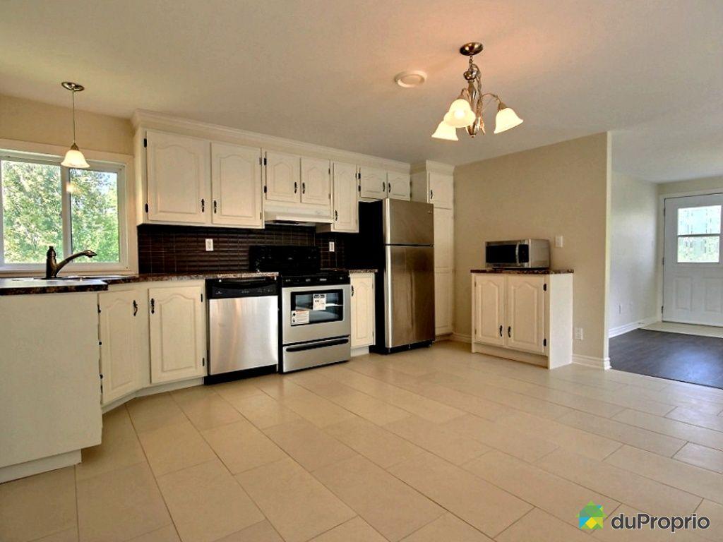 maison vendu st jean sur richelieu immobilier qu bec duproprio 461513. Black Bedroom Furniture Sets. Home Design Ideas