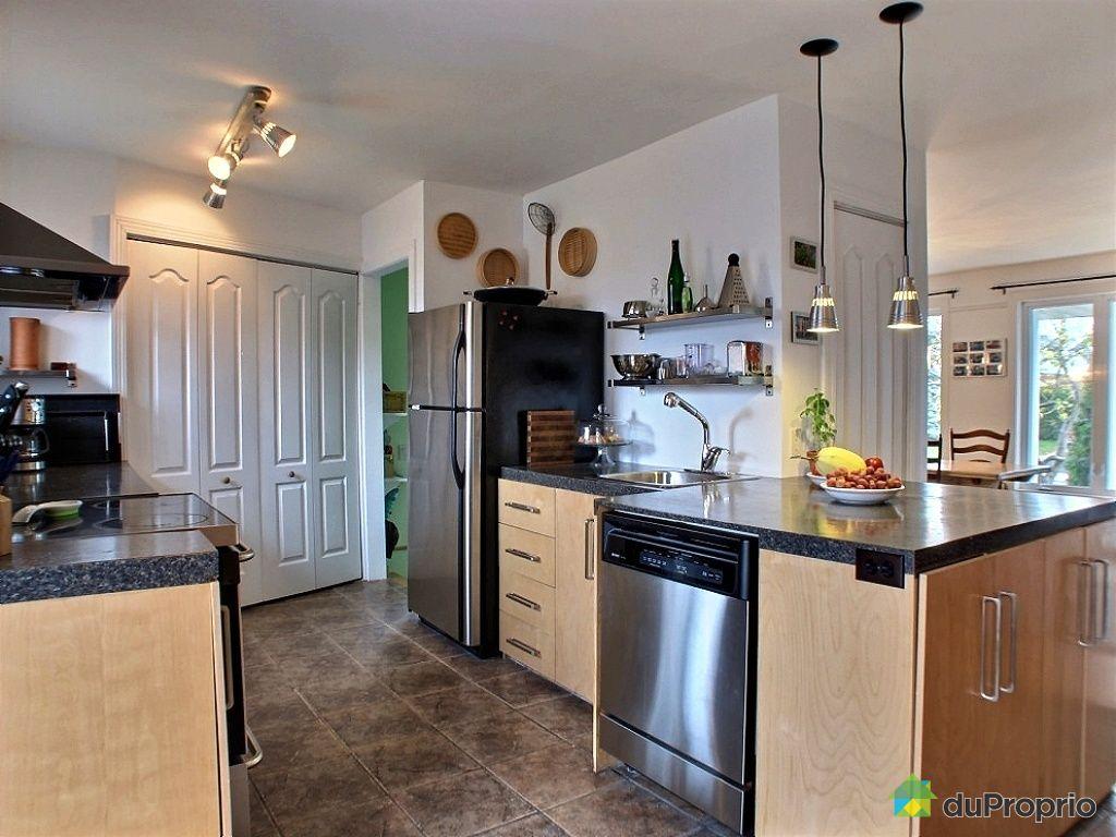 maison vendu st jean sur richelieu immobilier qu bec duproprio 467211. Black Bedroom Furniture Sets. Home Design Ideas
